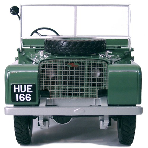 Minichamps Land Rover (3)