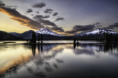 Sparks Lake Sunset 2012 (chasingthelight10) Tags: usa mountains nature oregon centraloregon photography volcano bend events ngc sunsets places national vistas geographic brokentop southsister cascaderange sparkslake