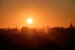 Sparrow Hills Sunrise (Andrey Chizh) Tags: city morning sun sunlight sunrise town haze russia moscow hills sparrow ru 4am moskva