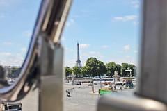 IMG_5269 (Margaux SP) Tags: paris france capital summer holiday t voyage amoureux ville couleur vintage hold grande roue tour eiffel