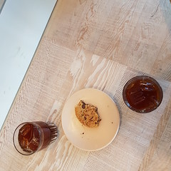 iced pourover chocolate cookie iced pourover 20160818_170823 (roland) Tags: pourover coffee icedcoffee iced ice icecoffee cafe matchstickyvr matchstickmain matchstick matchstickcoffee vancovuer eastvan main cookie chocolate chocolatecookie