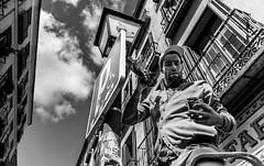 Look up! (hector_cbs) Tags: blackandwhite blackwhite people street streetphotography calle madrid monochrome monocromatic