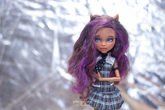clawdeen repaint (olgabrezhneva) Tags:        handmade craft outfit dolsoutfit doll hobby monsterhigh monsterhighdolls     faceup  reroot people indoor ooak groupshot clawdeen wolf clawdeenwolf