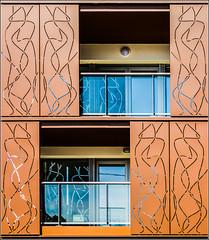 35/52 : Rennes - Boulevard de Metz (Herv Marchand) Tags: rennes bretagne urbain architecture windows fenetre ombre shadow balcon balcony week352016 52weeksthe2016edition weekstartingfridayaugust262016 canoneos7d
