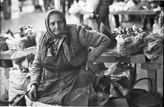 The cabbage seller (horosu) Tags: leica kodak konica mp rodinal tmax400 reportage classicblackwhite konicahexanon60mmf12ltm hommageadoisneau tmy2 peromaneste 4tografie