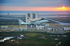 Discoverys Last Flight - as seen from the escort plane (jurvetson) Tags: plane shot space flight vab nasa final shuttle ksc discovery piggyback flyover escort