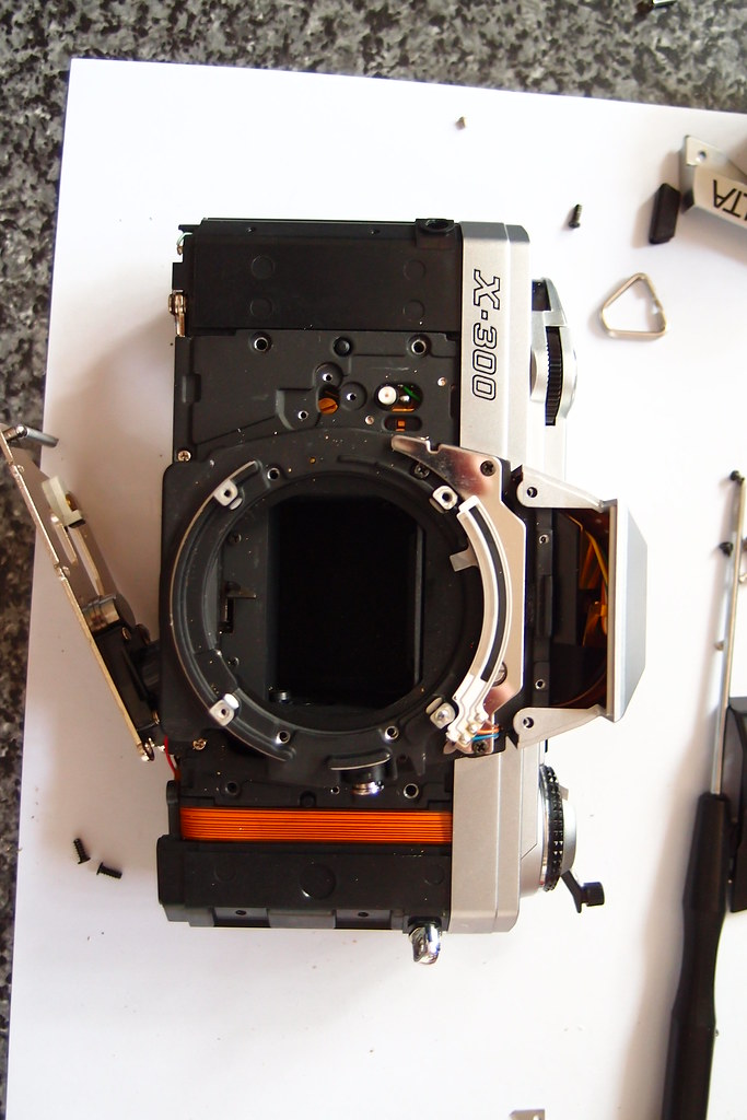 The World's Best Photos of camera and dismantled - Flickr