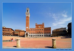 Tuscany - 13 (cienne45) Tags: italy italia cienne45 carlonatale tuscany siena toscana natale piazzadelcampo paliodisiena piazzadelpalio abigfave