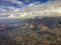 Haboob 2 from the air.  Phoenix Arizona (Steve Flowers) Tags: arizona phoenix monsoon duststorm fromtheair haboob iphone4