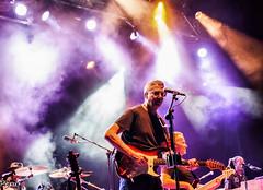 Musica y luces (Perurena) Tags: music fog lights luces concert escenario concierto guitarra blues musica humo pontevedra guitarrista plazadelaherreria