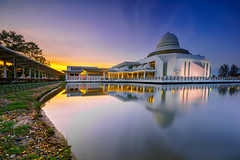 An Nur Mosque, Perak, Malaysia (DSC02114_1ar) (Rizal Zawawi) Tags: ocean city longexposure travel blue sunset red sky orange sun reflection building tourism beach monument nature beautiful architecture night sunrise landscape dawn twilight scenery rocks asia view symbol dusk background minaret awesome islam religion scenic floating belief landmark scene mosque shore malaysia historical straits masjid attraction islamic