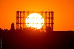 Treffer! (lunamtra) Tags: gasometer schneberg sonnenuntergang thf