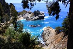 Big Sur - Pacific coastline (oriana.italy) Tags: bigsur california usa rocks scape pacificocean img0192 orianaitaly highway1 pacificcoast coastline