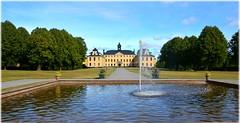 Ulriksdals Slott - Solna (lagergrenjan) Tags: ulriksdals slott solna park fontn