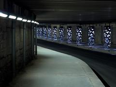 Rue Watt - 75013 Paris - FRANCE (william 73) Tags: 75mm f18 zuiko olympus paris france rue watt tunnel souterrain urbain urban underground 13e xiii 75013 gomtrique graphique