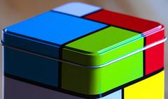 Couleurs (mrieffly) Tags: couleurs couvercles boite canoneos50d 100400issriel