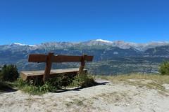 le banc (bulbocode909) Tags: valais suisse vercorin bancs montagnes nature paysages bleu vert
