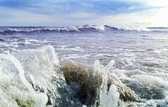sea.surge (C.Kalk DigitaLPhotoS) Tags: wasser water meer sea ocean wave welle brandung surge natur nature blau blue weis white ostsee