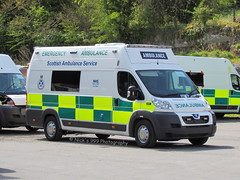 Scottish Ambulance Service / Peugeot Boxer / Emergency Ambulance (Nick 999) Tags: new blue lights scottish ambulance led nhs boxer vehicle leds service paramedics emergency brand peugeot sirens unregistered lightbar