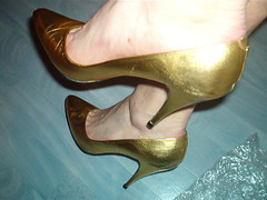 rich115orlid (grandmacaon) Tags: pumps highheels stilettos lowcut talonsaiguille escarpins sexyheels hautstalons toescleavage
