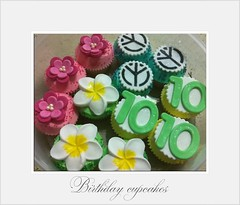 Birthday peace (kareninch1cupcakes) Tags: flowers cupcakes tropical no10 frangipanis