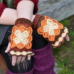 Bavarian Mitts: short version (Kiwi Little Things) Tags: crocheted grannysquare mitts bavariancrochet