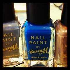 A little treat (bad bad magpie) Tags: uk polish nails nailpolish nailvarnish varnish barrym
