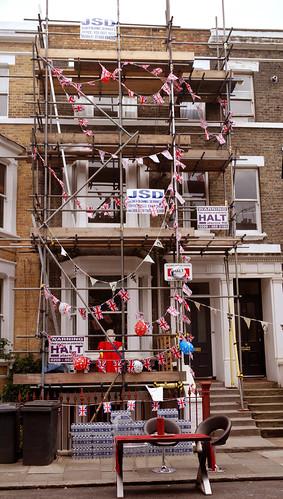 Offley Rd Jubilee party - scaffolding