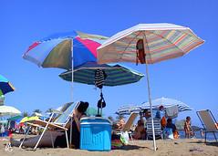 Sombrillas de Colores (Mariano R. Guasch) Tags: summer beach playa verano mazarron percheles