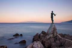 Croatie (Thomas Lanfray) Tags: mer statue pose de soleil coucher croatia badge opatija croatie longue