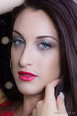 Valeria (antoninao) Tags: canon orlando occhi rosso viso antonina verdi volto 5dmarkiii valeriamodella
