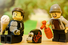 Idiot (legomeee) Tags: lego legoart legophoto legophotography legography legominifigures legominfigs idiot fun