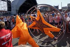 Blyth Tall Ships 7 (jordiknight) Tags: tallships blyth parade entertainers wheel