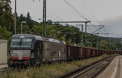 2504_2016_07_12_Baunatal_Guntershausen_MRCE_DISPO_6193_854_(Leuchtmittelausfall)_mit_S21_Aushubzug_Leerpark_Frankfurt_(Main) (ruhrpott.sprinter) Tags: ruhrpott sprinter deutschland germany nrw ruhrgebiet gelsenkirchen lokomotive locomotives eisenbahn railroad zug train rail reisezug passenger gter cargo freight fret diesel ellok hessen inselbahnhof guntershausen boxxboxxpress db cantuscan hebhlbahn hhla mrcedispo rbk rpool sbbc 0452 101 114 145 146 152 185 193 427 428 429 482 946 kurhessenbahn ic re outdoor logo graffiti natur wolken gterwaggon gterwagen