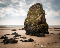 St. Cyrus Rocks [IMG_8349] (GammyKnee) Tags: beach scotland landscape st cyrus aberdeenshire rocks sand sea pools