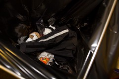 RainTrouserBlack (Seteg) Tags: trash gummi agu raincoat mll afvalbak trashed raincoats afval rainsuit regenjacke mllsack regenjassen regenmantel regnfrakke regenjas regenanzug regnfrakk regnjakke gummimantel regenpak regenbekleidung mllpresse gummiregenmantel afvalzak agusport