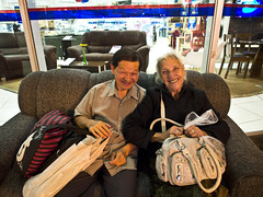 Love (mardruck) Tags: old brazil portrait people love brasil night person couple do retrato amor candid olympus couch sofa sp 12mm paulo casal zuiko so sof caetano sul ep3 idosos