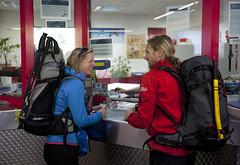 buying tickets (jandudas) Tags: schweiz switzerland europe suisse central zermatt matterhorn svizzera wallis valais svizra švýcarsko vallese швейцария svájc švajčiarsko