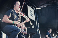 Sean Mackin | Yellowcard (Madison Bass-Taylor) Tags: warpedtour warped irvine yellowcard vanswarpedtour irvineca 621 june21 callinghome orangecountygreatpark 62112 youmeatsix piercetheveil breathecarolina sleepingwithsirens wearetheincrowd june212012