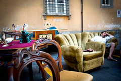 Brocante fargnente (Itinerrance) Tags: lucca toscane brocante couleur italie