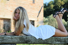Model Shooting 2016: Marica (xiaolifra) Tags: bellezza model modella fotomodella shooting shot beauty femmina feminine ragazza adolescente bionda blondie posa vogue fotografia bella beautiful simply semplicit ragazze