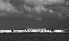 La sal en la tormenta (Fotgrafo-robby25) Tags: byn fujifilmxt1 lopagnmurcia marmenor nubes parqueregional salinasyarenalesdesanpedrodelpinatar