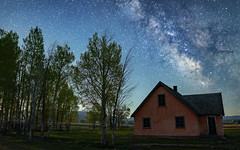 Mormon Pink (Flint Roads) Tags: milkyway moulton usa wy wyoming blue bluesky farmhouse green homestead house night nightsky pink shadows stars trees windows