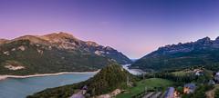 Valle de Tena 1 (.MiguelPU) Tags: azul hora noche anochece naturaleza panoramica valle de trena aragon huesca espaa spain river rio montain montaa valley verde agua