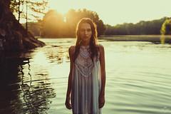 janina beck (sandra.scherer) Tags: analora analoraphotoart offenbach nature naturelover 50mm availablelight canon5diii portrait goodtimes sun summer sunset