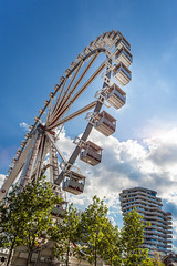 ferris wheel, Hafencity (kaihm) Tags: street city travel blue sky cloud sun tower lines wheel architecture clouds harbor harbour geometry sommer hamburg perspective ferris tourist marco hafen polo riesenrad attraction hanse hafenctiy
