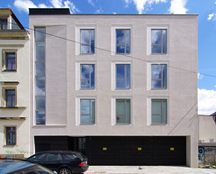 the world 39 s best photos of fassade and lochfassade. Black Bedroom Furniture Sets. Home Design Ideas