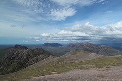 looking N from the summit of Ben More Coigach (Francis Mansell) Tags: mountain scotland highlands stacpollaidh scottishhighlands benmorecoigach coigach stackpolly beinnaneoin