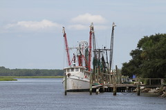 Shrimp Boat (robbierobertson111) Tags: savannahtrip shrimpboats river beaufort