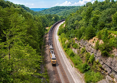2nd District Coal, Keno, KY (Wheelnrail) Tags: ns norfolk southern up union pacific cnotp rathole kentucky railroad rails trains track locomotive coal freight cliff keno